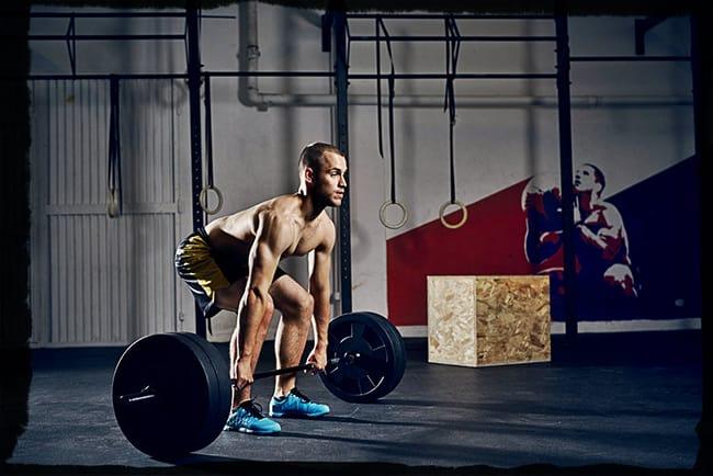 Становая тяга в кроссфите: как улучшить силовые показатели