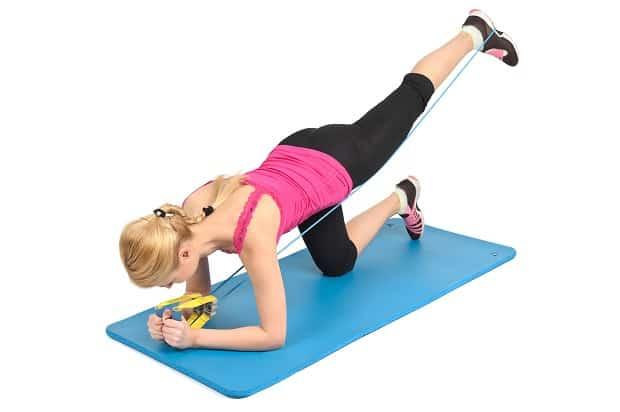Отведение ноги с фитнес-резинкой