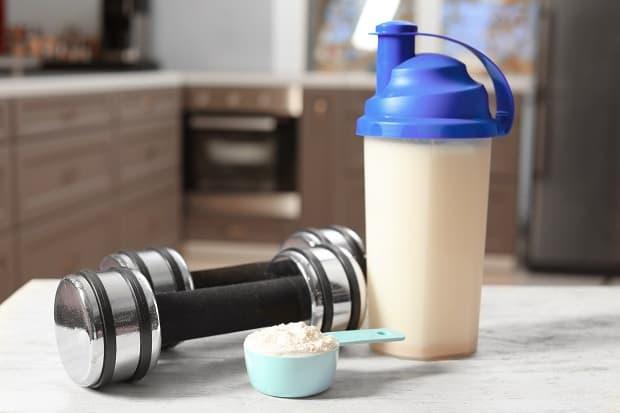 Прием гейнера для набора мышечной массы