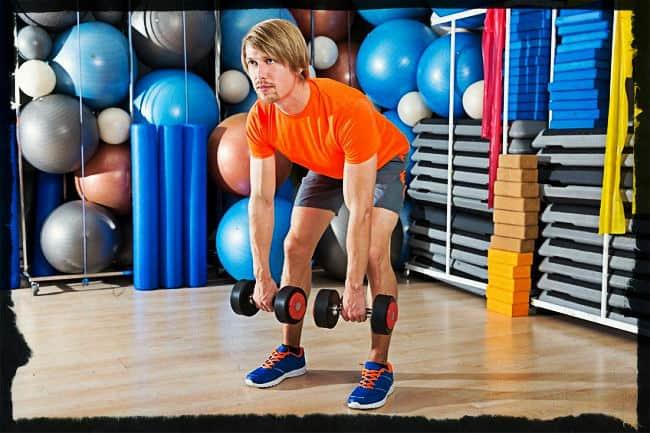 Становая тяга с гантелями на прямых ногах