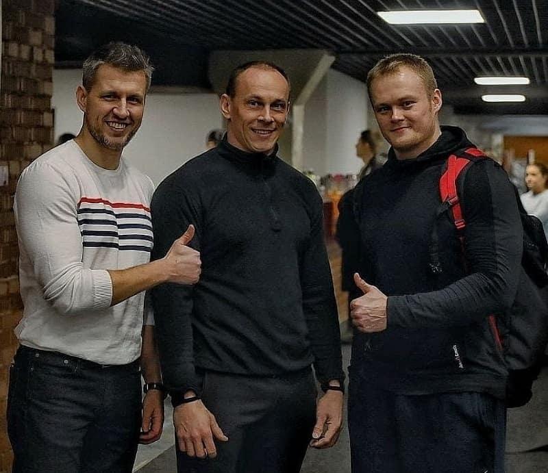 Андрей Ганин с друзьями
