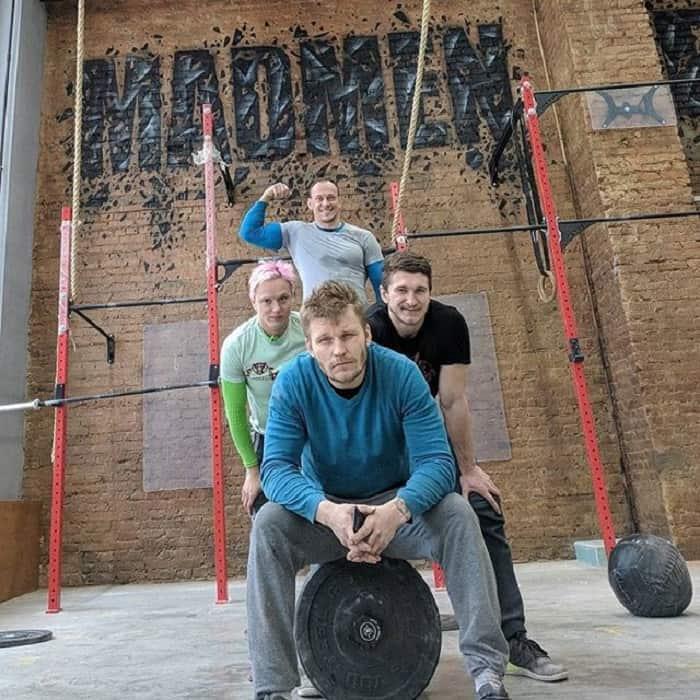 Андрей Ганин с супругой и друзьями