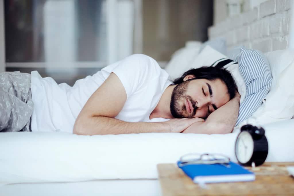 Сон для профилактики перетренированности