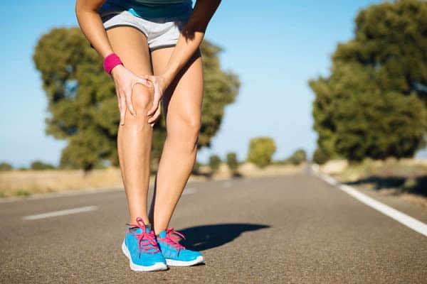 Почему могут болеть колени после или при беге