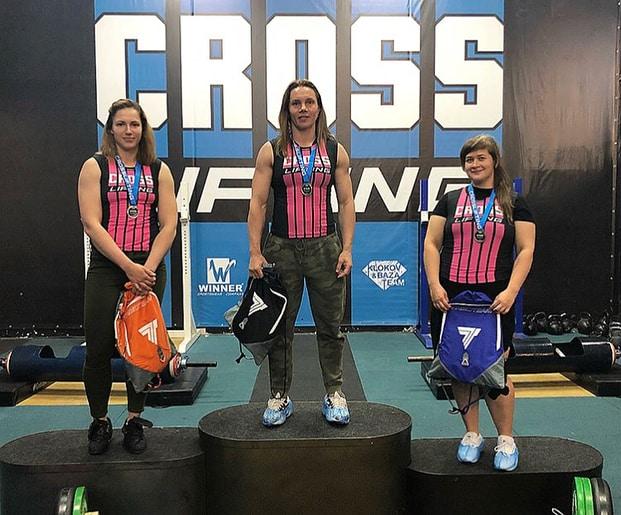 Женщины призеры категории 70+kg-cup-central-region-of-crosslifting-2018