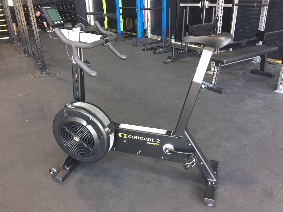В первом комплексе CrossFit Games 2018 команды будут крутить педали на Concept 2 BikeErg