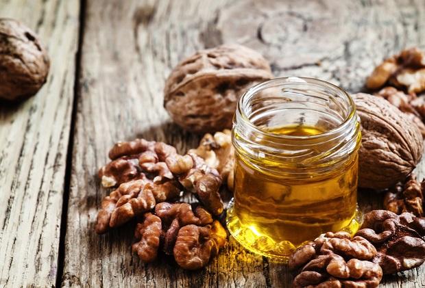 грецкий орех и масло на его основе
