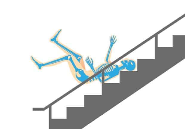 Что происходит, когда человек падает