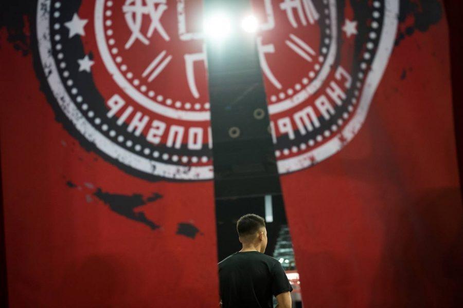 Китай повторно закрывает спортивные залы